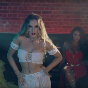 CNCO feat. Little Mix - 'Reggaetón Lento'
